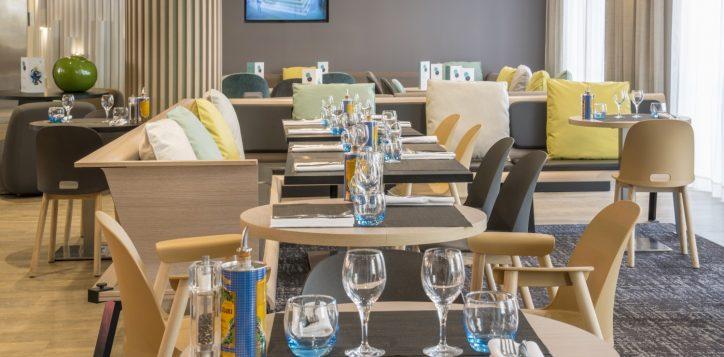 restaurant_md_85151-2